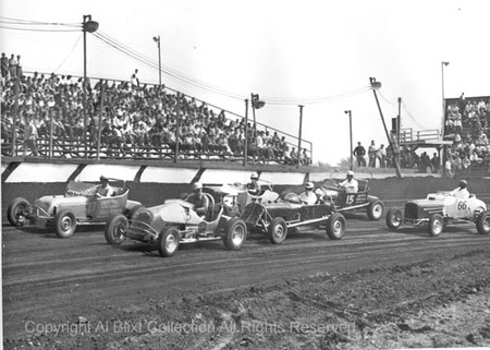 Mcs_hot_rods_line_up_for_a_heat_s17t3_in_1